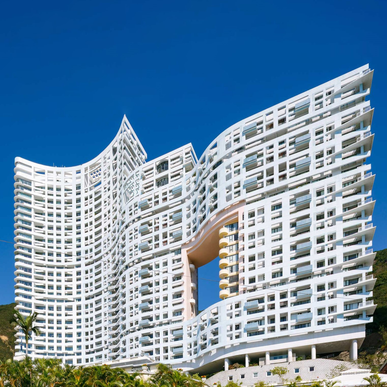 Repulse Bay Apartments, Hong Kong